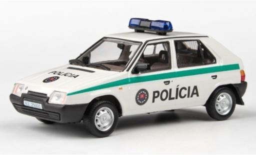 Skoda Favorit 1/43 Abrex 136L Policia (SR) 1988 miniature