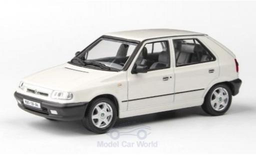 Skoda Felicia 1/43 Abrex 1.3 GLXi blanche 1994 miniature
