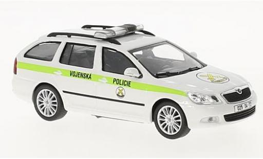 Skoda Octavia 1/43 Abrex II FL Combi Vojenska Policie (CZ) 2008 miniature