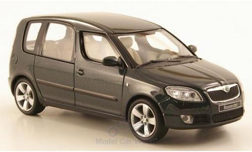Skoda Roomster 1/43 Abrex metallise verte 2006 miniature