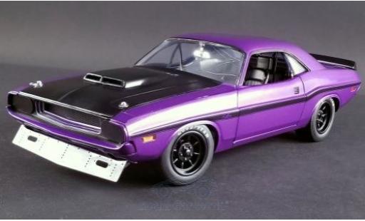 Dodge Challenger 1/18 ACME violette/noire 1970 miniature