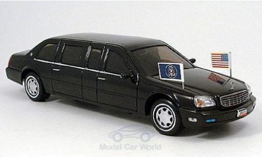 Cadillac Deville 1/24 American MintYat Ming DeVille Presidential Limousine 2001 US-Standarten liegen bei miniature