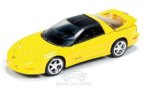 Pontiac Firebird 1/64 Auto World T/A jaune/matt-noire 1993 miniature