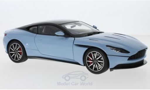 Aston Martin DB1 1/18 AUTOart 1 metallise bleue RHD miniature