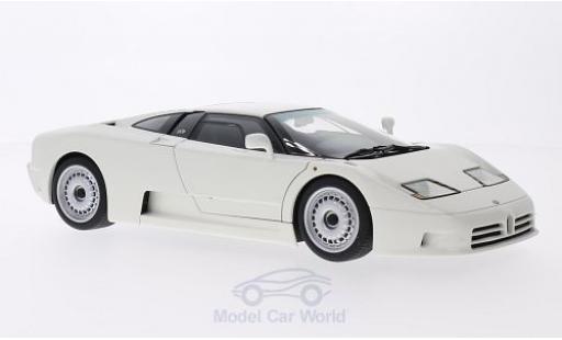 Bugatti EB110 1/18 AUTOart GT blanche 1991 miniature