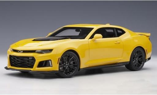 Chevrolet Camaro 1/18 AUTOart ZL1 yellow/carbon 2017 diecast model cars