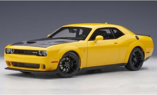 Dodge Challenger 1/18 AUTOart SRT Hellcat Widebody giallo/matt-nero 2018 modellino in miniatura