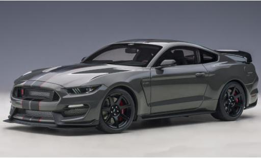 Ford Mustang 1/18 AUTOart Shelby GT-350R metallise grey/matt-black 2017 diecast model cars