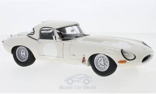 Jaguar E-Type 1/18 AUTOart Lightweight white RHD mit abnehmbarem Dach diecast model cars