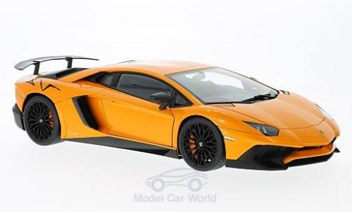 Lamborghini Aventador 1/18 AUTOart LP750-4 SV metallise orange 2015 miniature