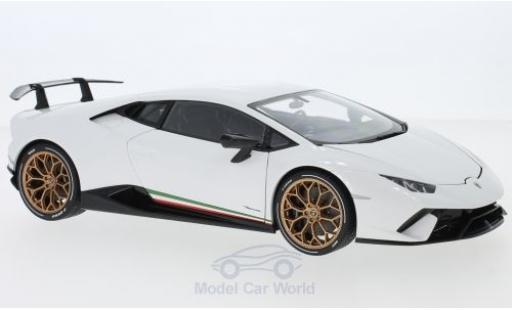 Lamborghini Huracan 1/18 AUTOart Performante white 2017 diecast model cars