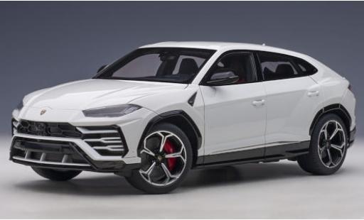 Lamborghini Urus 1/18 AUTOart metallise white 2018 diecast model cars