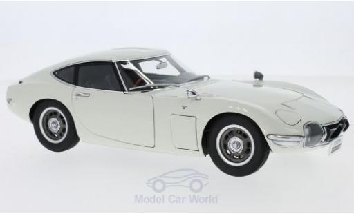 Toyota 2000 GT 1/18 AUTOart Coupe blanche miniature
