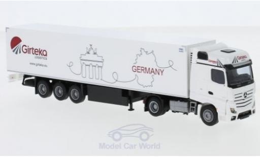 Mercedes Actros 1/87 AWM 2 BigSpace / Aerop. Girteka Logistics Kühlkoffer-Sattelzug miniatura