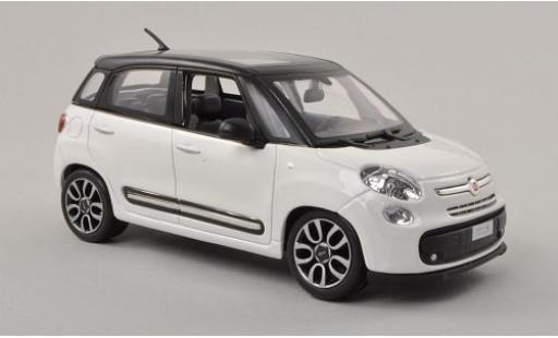Fiat 500 1/24 Bburago L blanche/matt-noire miniature