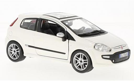 Fiat Punto 1/24 Bburago Evo white 2010 diecast model cars