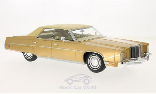 Chrysler Imperial 1/18 BoS Models LeBaron gold/beige 1975 diecast model cars