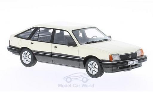 Opel Ascona C 1/43 BoS Models SR Fließheck blanche 1981 miniature