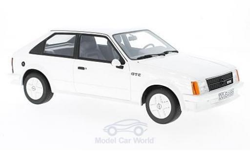 Opel Kadett GT 1/18 BoS Models D E blanche 1983 miniature