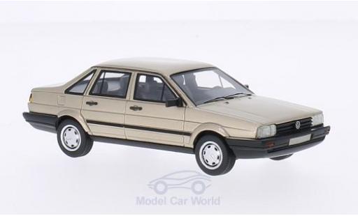 Volkswagen Passat 1/43 BoS Models /Santana metallise beige 1986 miniature