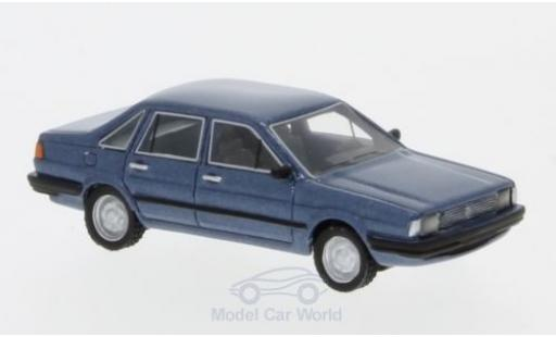 Volkswagen Santana 1/87 BoS Models metallise bleue 1982 miniature