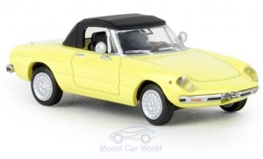 Alfa Romeo Spider 1/87 Brekina jaune 1969 geschlossen TD miniature