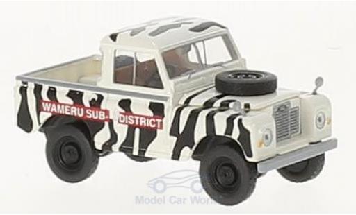 Land Rover 88 1/18 Brekina Starmada Wameru Sub District miniature