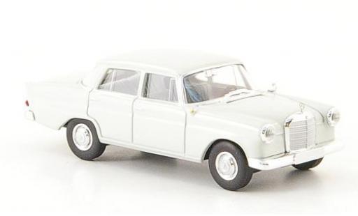 Mercedes 190 1/87 Brekina Starmada c (W 110) grise miniature