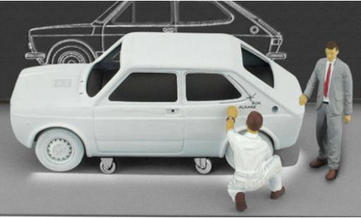 Fiat 127 1/43 Brumm (1a Serie) matt-grey 1971 mit Figuren in Sonderverpackung Centro Stile diecast model cars