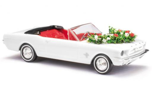 Ford Mustang 1/87 Busch Convertible white mariage avec Décoration diecast model cars