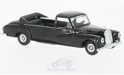 Mercedes 300 SE 1/87 Busch noire 1962 Staatskarosse miniature