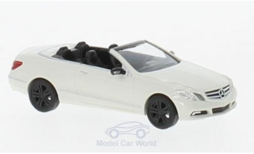 Mercedes Classe E 1/87 Busch Cabriolet Sport (A 207) blanche 2010 miniature