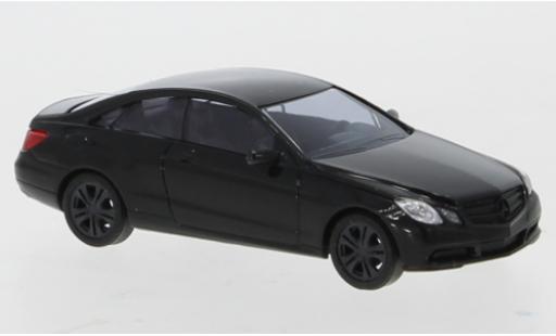 Mercedes Classe E 1/87 Busch Coupe (C207) noire 2009 Black Edition miniature