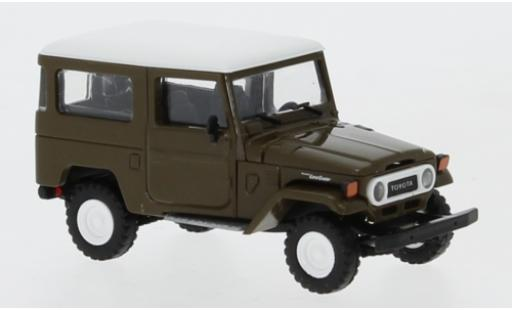Toyota Land Cruiser 1/87 Busch J4 brown/white 1960 diecast model cars