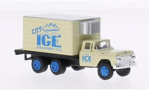 Ford F-500 1/87 Classic Metal Works Box Truck City Ice Delivery Co. 1960 miniature