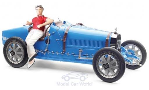 Bugatti 35 1/18 CMC T Grand Prix bleue No.30 mit Frauen-Fahrerfigur miniature