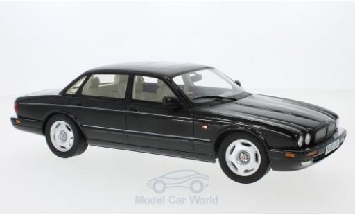 Jaguar XJ 1/18 Cult Scale Models R (X300) metallise black RHD 1995 diecast model cars