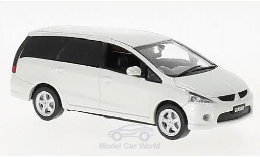 Mitsubishi Grandis 1/43 First 43 Models metallise blanche RHD 2003 miniature