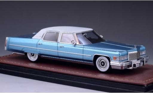 Cadillac Fleetwood 1/43 GLM Brougham metallise bleue/blanche 1976 miniature