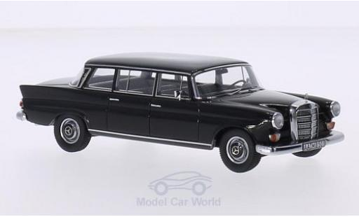 Mercedes 200 1/43 GLM W111 Binz Lang black 1965 diecast model cars