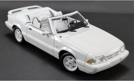 Ford Mustang 1/18 GMP LX 5.0L Convertible Feature Car blanco 1993 Softtop liegt bei miniatura