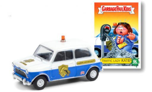 Austin Mini 1/64 Greenlight Cooper S RHD GPK Parking Enforcement 1962 diecast model cars
