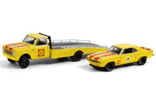 Chevrolet C-30 1/64 Greenlight Ramp Truck No.28 S 1967 y compris les 1969 Camaro Z/28 et Rampes de chargement diecast model cars