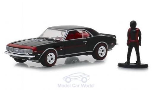 Chevrolet Camaro 1/64 Greenlight RS-SS noire 1968 mit Figur miniature