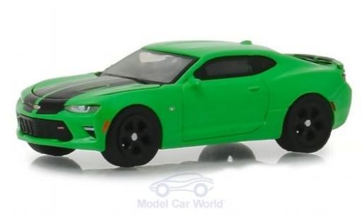 Chevrolet Camaro 1/64 Greenlight SS verte/noire 2017 miniature