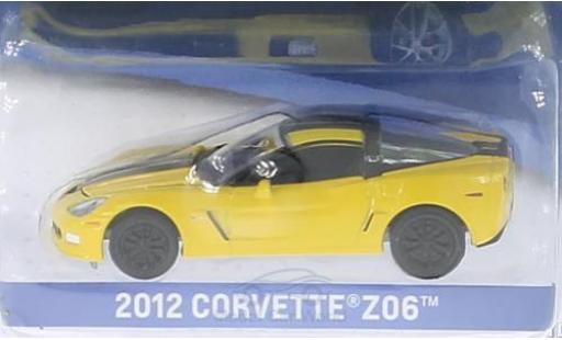 Chevrolet Corvette 1/64 Greenlight Z06 jaune/noire 2012 ohne Vitrine miniature