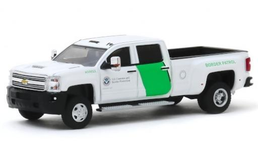 Chevrolet Silverado 1/64 Greenlight 3500HD U.S. Border Patrol 2018 miniatura