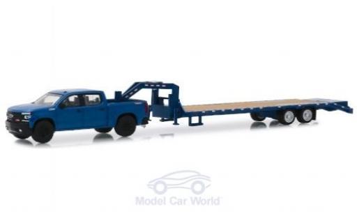 Chevrolet Silverado 1/64 Greenlight blue 2019 mit Schwanenhalsanhänger diecast