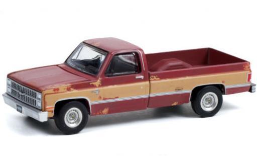 Chevrolet Silverado 1/64 Greenlight C-10 matt-red/matt-beige 1983 mit Witterungsspuren diecast model cars