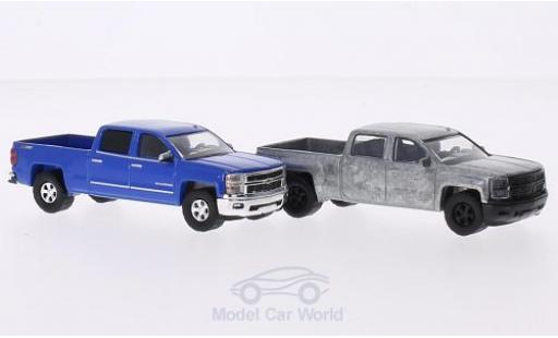 Chevrolet Silverado 1/64 Greenlight LTZ 271 2014 2er-Set in PC-Box je 1x bleue und 1x unlackiert FirstCut miniature